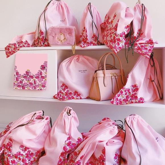 ashleys_bags